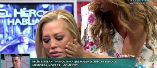 Belén y María Patiño, indignadas.