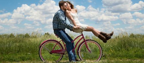 Descubra se o signo do(a) crush favorece um bom relacionamento. Foto: Pixabay.