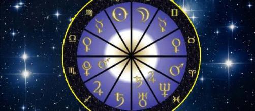 L'oroscopo del mese di aprile 2018
