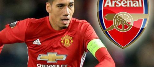 Smalling apunta al Arsenal para el verano