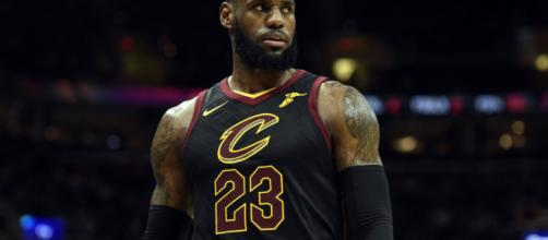 What we learned from LeBron James being mic'd up in win over ... - usatoday.com