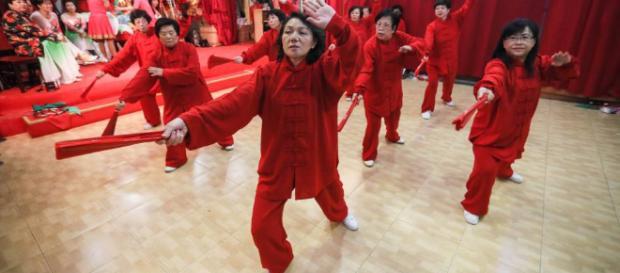 Año nuevo chino: El Perro se asoma a 'chinatown'   Madrid   EL PAÍS - elpais.com