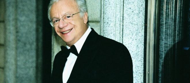 Auguri a Johnny Dorelli: oggi, 20 febbraio, compie 81 anni