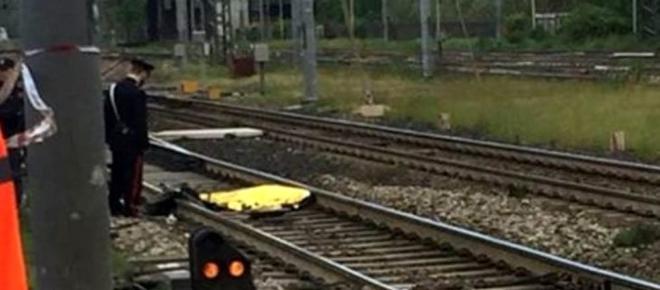 Sant'Arpino: muore travolto dal treno