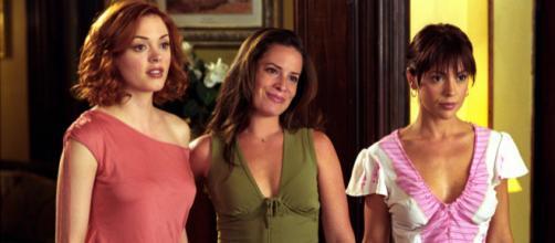 """""""Charmed"""" 5x03 (Image via charmed.wikia.com)"""