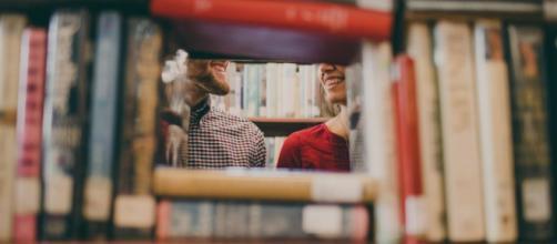 Comunicación Política: libros, series y películas. Aprender en tu ... - comunicamaspormenos.com