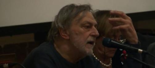 Gino Strada attacca destra e sinistra, annunciando di non votare