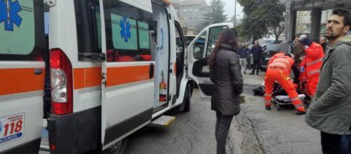 Macerata, spari in strada da auto in corsa: 7 feriti tutti ... - ilfattoquotidiano.it