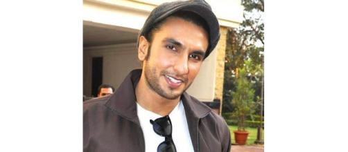 Ranveer declines a wedding appearance - (Image source : https://upload.wikimedia.org/wikipedia/commons/6/6e/Ranveer_Lootera.jpg)