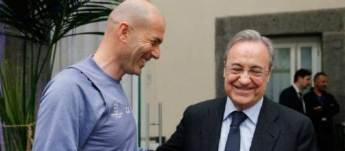 Zidane se opone a fichar nuevos jugadores para el club merengue.