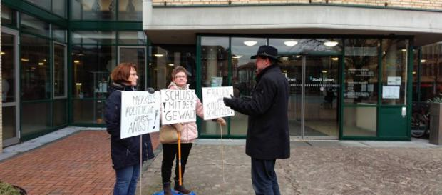 Die friedliche Demo in Lünen der zwei Frauen
