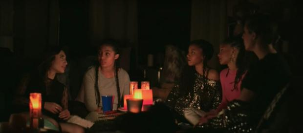 The girls talk to Zoey about Cash during the blackout on tonight's 'Grown-ish' (TV Promos/YouTube Screencap)