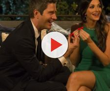 Tia and Arie together on 'The Bachelor' screenshot