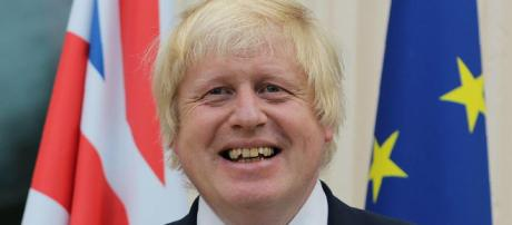 Michael Gove 'reached out' to former rival Boris Johnson as ... -