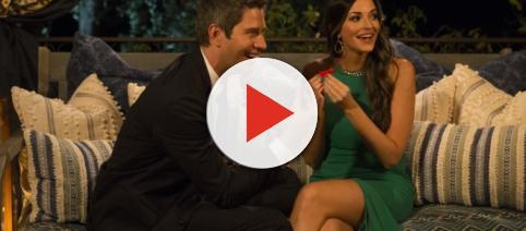 Tia and Arie together on 'The Bachelor' screenshot