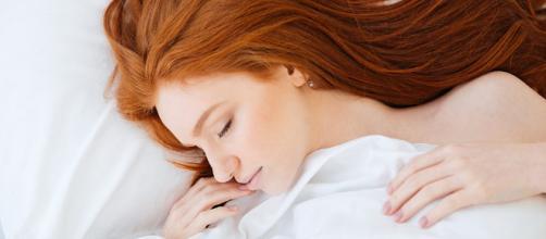 Beneficios de dormir 8 horas diarias - glamour.mx