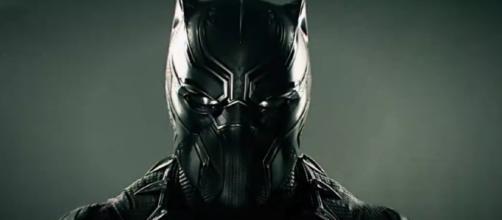 Después de medio siglo en las páginas de Marvel Comics, el Black Panther (Chadwick Boseman) finalmente obtiene su propia película.
