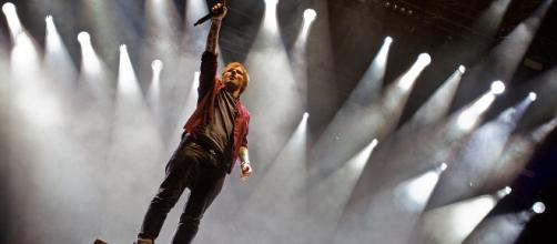 Ed Sheeran spots engagement ring (Image via Markus Hillgärtner via Wikimedia)