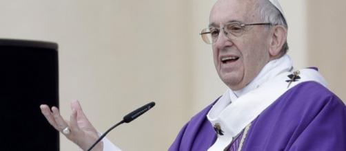 El Papa Francisco advierte contra los charlatanes y falsos profetas