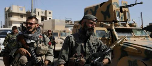 El gobierno ha estado tratando de ayudar a las tropas turcas y los rebeldes sirios aliados