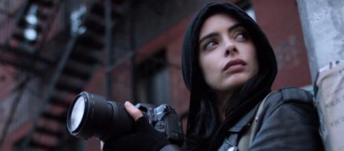 Jessica Jones reparte golpes en un nuevo tráiler de la segunda temporada