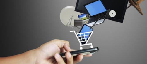 La compra y venta de inmuebles mediante teléfonos inteligentes revolucionan las industrias tecnológicas.