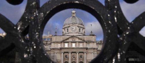 La economía irlandesa creció un 7,8% en 2015 | Economía | EL PAÍS - elpais.com