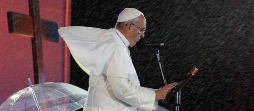 Papa Francesco alla Giornata della Gioventù sulla spiaggia di Copacabana