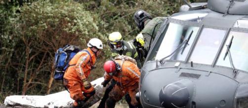 Supervivientes: Un milagro en medio de la tragedia del accidente ... - elpais.com