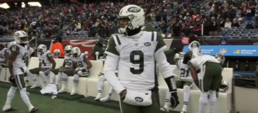 The Jets will look to find their franchise quarterback this off season. - [Image via SNY / YouTube Screencap]