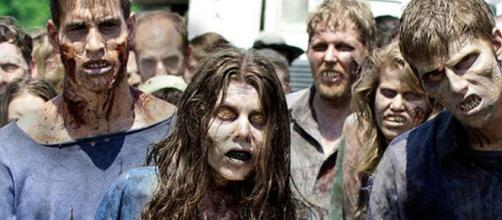 Zombies en la nueva atraccion de The Walking Dead