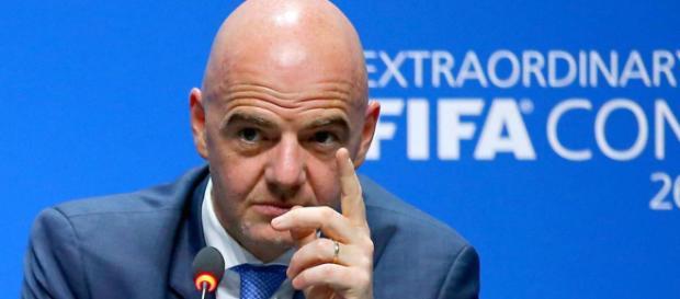 Como la negativa de los equipos de Arabia Saudita y Emiratos Árabes Unidos de jugar en Qatar