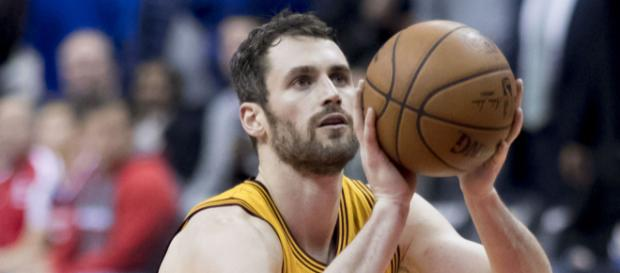 Kevin Love reveals when he will return to the Cavs [Image by Keith Allison / Flickr]