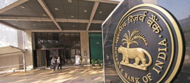 RBI to strike less hawkish tone while standing pat: poll ... (Image via: India Tv/Youtube)