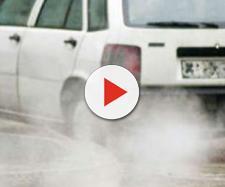 Auto inquinante in circolazione