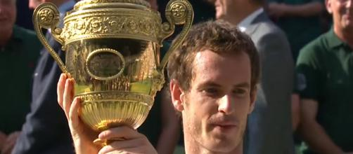Andy Murray celebrating the 2013 Wimbledon title/ Photo: screenshot via Wimbledon channel on YouTube