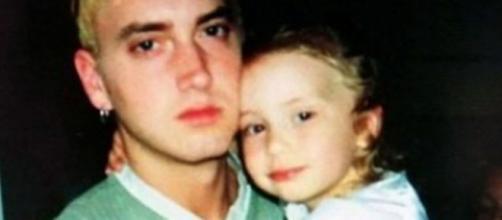 Eminem com Hailie, quando era criança