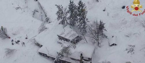 Gran nevada azota terriblemente a Italia