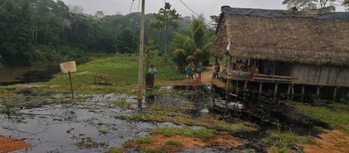 La población necesita de manera urgente agua y alimentos. Foto: Observatorio Petrolero de la Amazonía Norte.