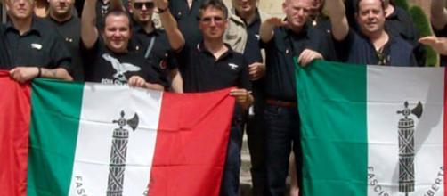 Mura: fascisti in consiglio comunale, il ministero apre un'inchiesta - bresciatoday.it