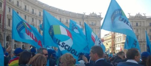Protesta UIL SCUOLA Sicilia - foto