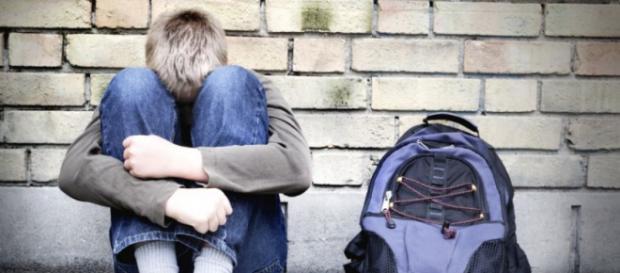 Aumenta el abandono escolar mientras se siguen cerrando puertas de trabajo