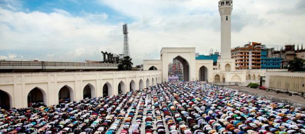 Musulmanes inician festividades para fin del Ramadán - AMQueretaro.com - amqueretaro.com