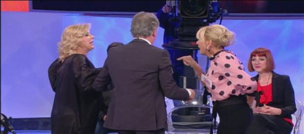 Nuova discussione tra Gemma e Tina: interviene Giorgio Manetti