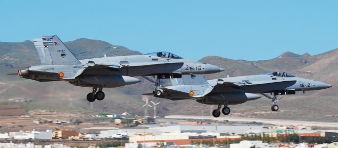 Choca avión de la Fuerza Aerea Española: Piloto Muere