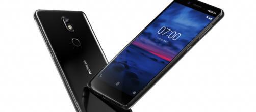 Características y diseño del teléfono Android de gama media Nokia 7 - topesdegama.com