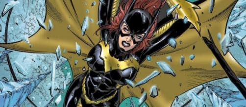 Después de prestar sus talentos al UCM al dirigir The Avengers y Avengers: Age of Ultron, Joss Whedon hizo el salto al Universo extendido de DC