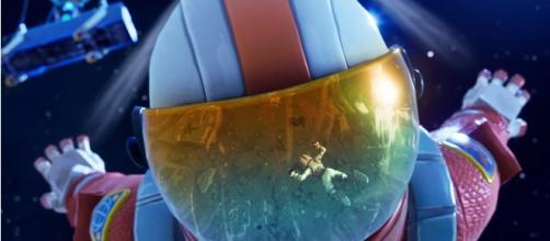 'Fortnite:Battle Royale' Season 3: Skydiving Trails with Iron Man like effect. Image credit:Ali-A/Youtube screenshot