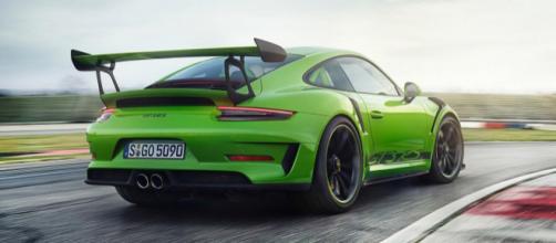 La nuova Porsche 911 GT3RS 991.2