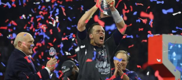 La historia del hombre que 'se llevó' las camisetas de Tom Brady ... - nytimes.com